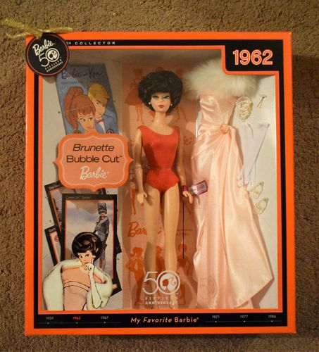 BARBIE 50th ANNIVERSARY 1962 BRUNETTE BUBBLE CUT COLLECTOR EDITION DOLL SET